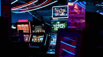 Jackpot progressif contre machines à sous Jackpot non-progressive